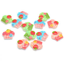 20/50pcs2019 Hot Sale Mini Resin Flatback Ice-cream Cupcake Cabochon Flat Back Dollhouse Miniatures Cupcake Food Button Slime Ch(China)