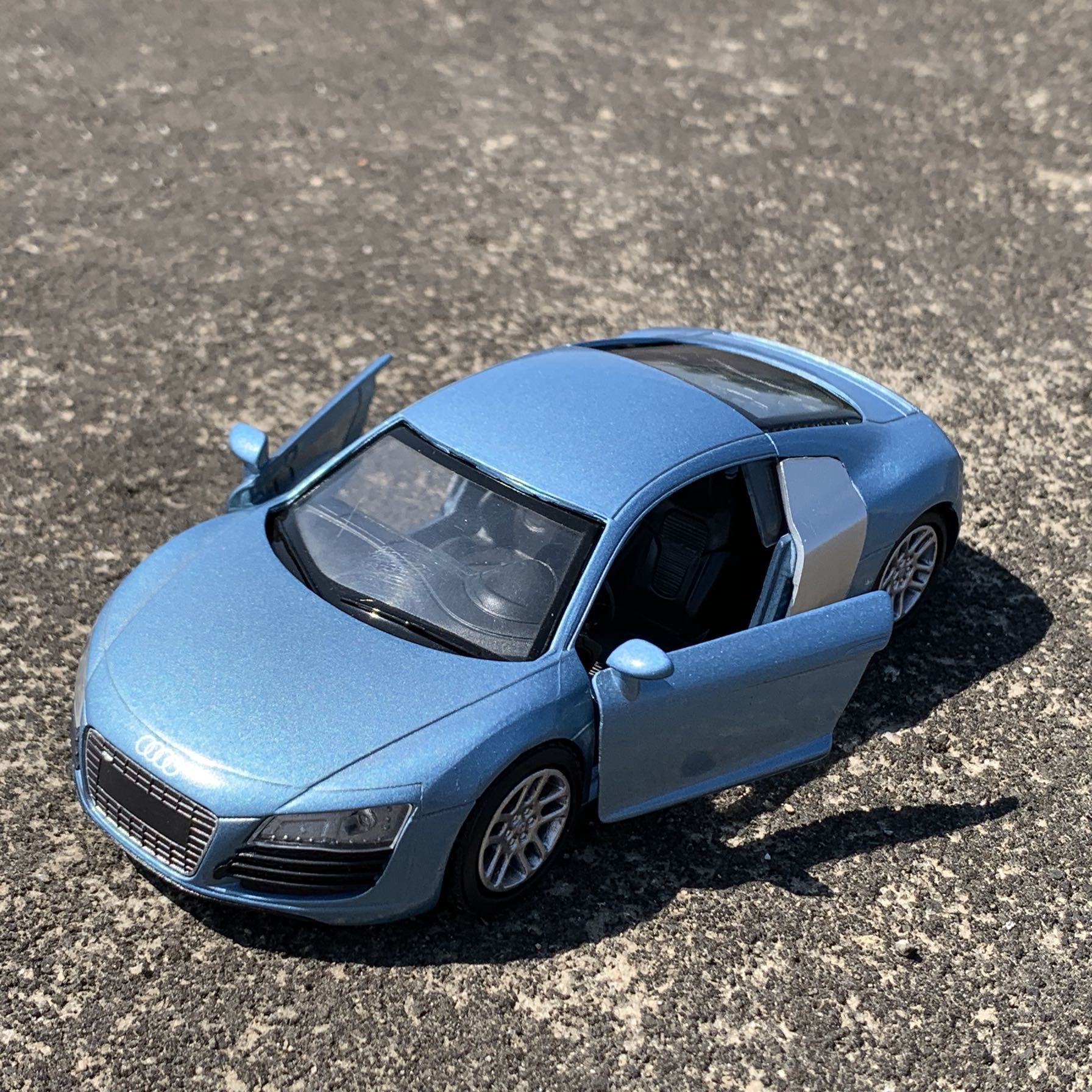 RD 1/32 Scale Car Model Toys AUDI R8 Diecast Metal 14CM Length Car Model Toy For Collection,Gift,Kids,Decoration image