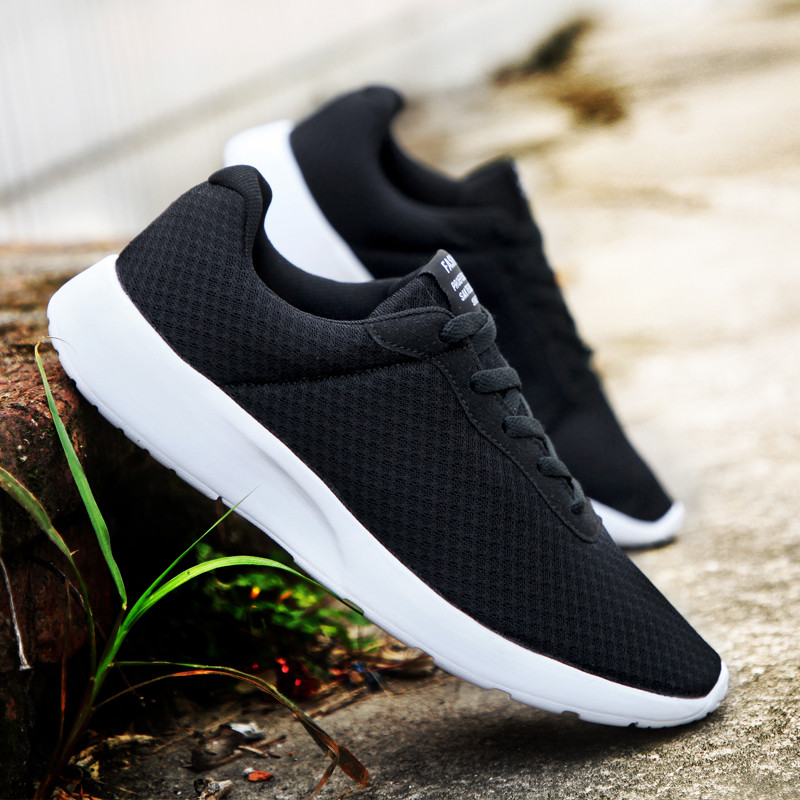 Men Breathable Sports Shoes Male Vulcanize Mesh Slip- Flat-Soled Walking Running Sneakers Casual Lace-up Shoes 35-48 Mens Shoes