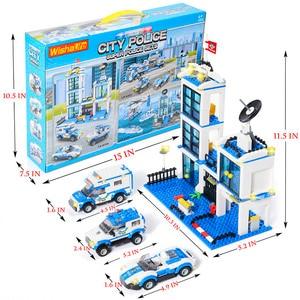 Image 5 - 818Pcs Stad Politie Station Swat Auto Bouwstenen Compatibel Stad Politie Bricks Jongens Vrienden Speelgoed Voor Kinderen Geschenken