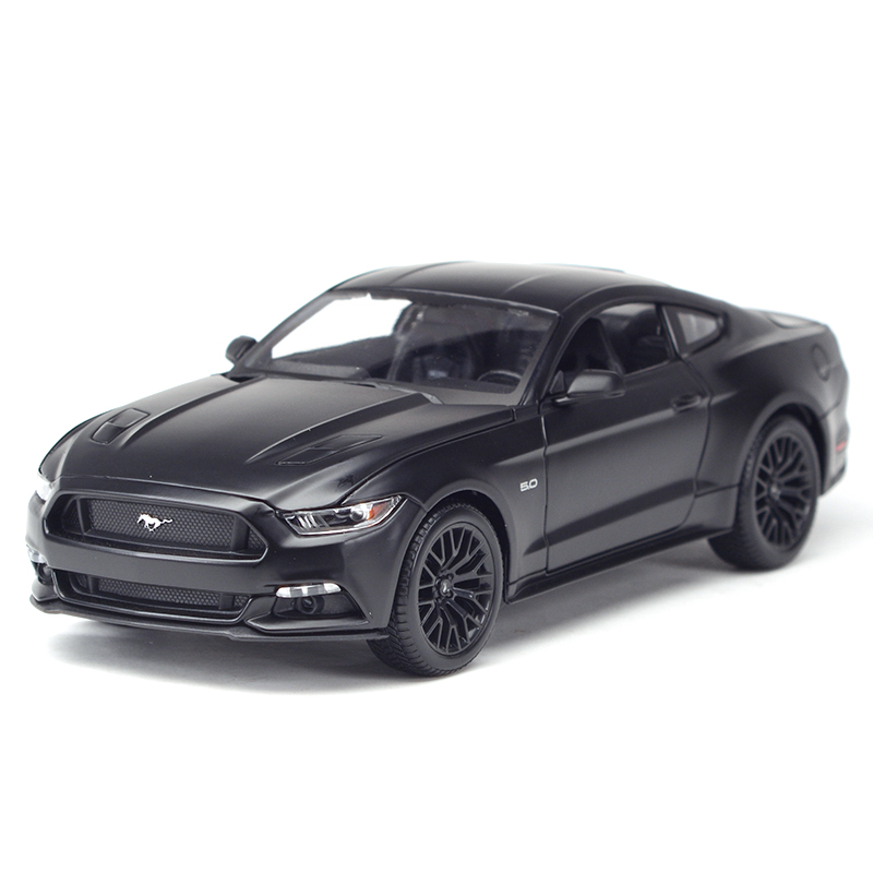 Maisto 1:18 2015 Ford Mustang Sports Car Static Simulation Diecast Alloy Model Car