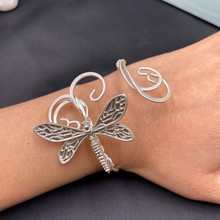 Handmade Fairy Dragonfly Cuff Bracelets Women Girl Vintage Clouds Twisted Dragonfly Bangles Insect Charm Bracelet Jewelry Gifts