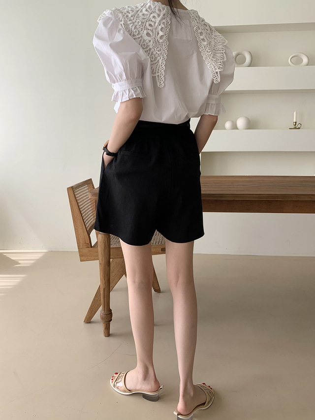 Hc483576af50344bcb2eb59655ed75db0j - Summer Korean Butterfly Lace Lapel Short Puff Sleeves White Blouse