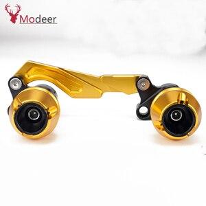 Image 4 - Modificado xmax traseiro protetor slider acidente guarda eixo traseiro silenciador tubo quadro caindo sliders para yamaha x max 300 400 125 250