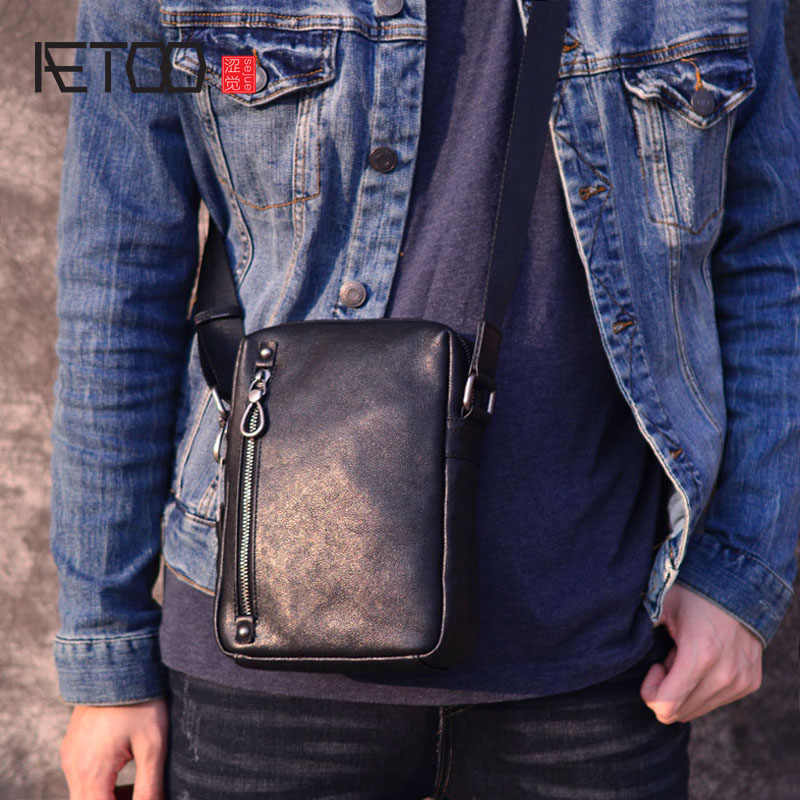 AETOO vintage shoulder bag male nature leather casual vertical small bag handmade retro head cowhide men's small satchel black
