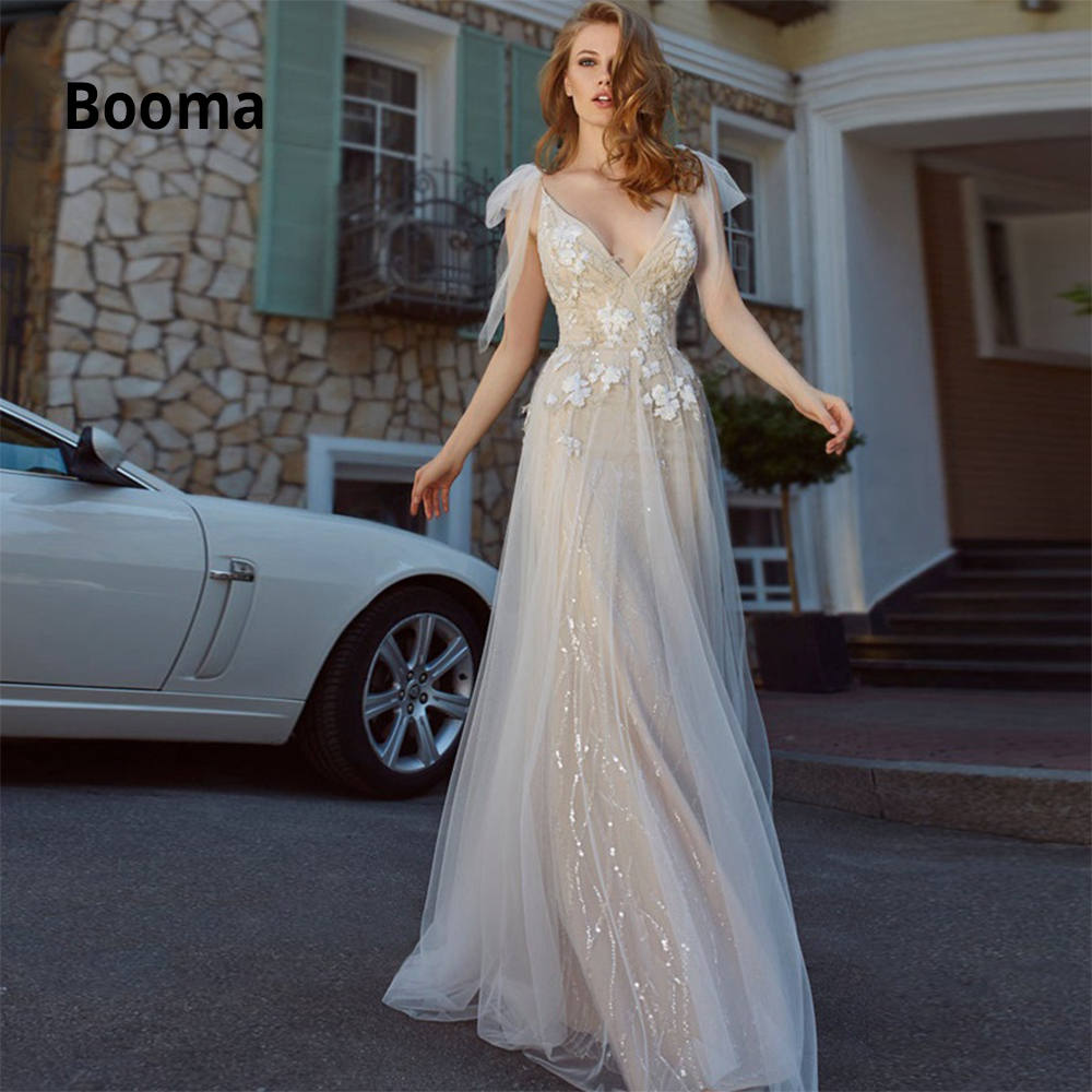 Booma Sparkly Wedding Dresses Sexy V-neck Lace Appliqued Soft Tulle Beach Boho Bridal Gowns Vintage Sleeveless Backless No Train