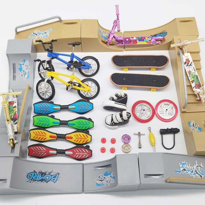 Mini Scooter Two Wheel Skateboarding Fingerboard Finger Skate Board Bikes Tech Fingertip Bmx Bicycle Ramps Skateboard Kids Gifts