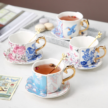 Special-shaped ceramic cup and saucer European pastoral style coffee cup and saucer sets simple flower tea cup to send spoon klimt classic kiss design coffee cup and tea saucer ceramic