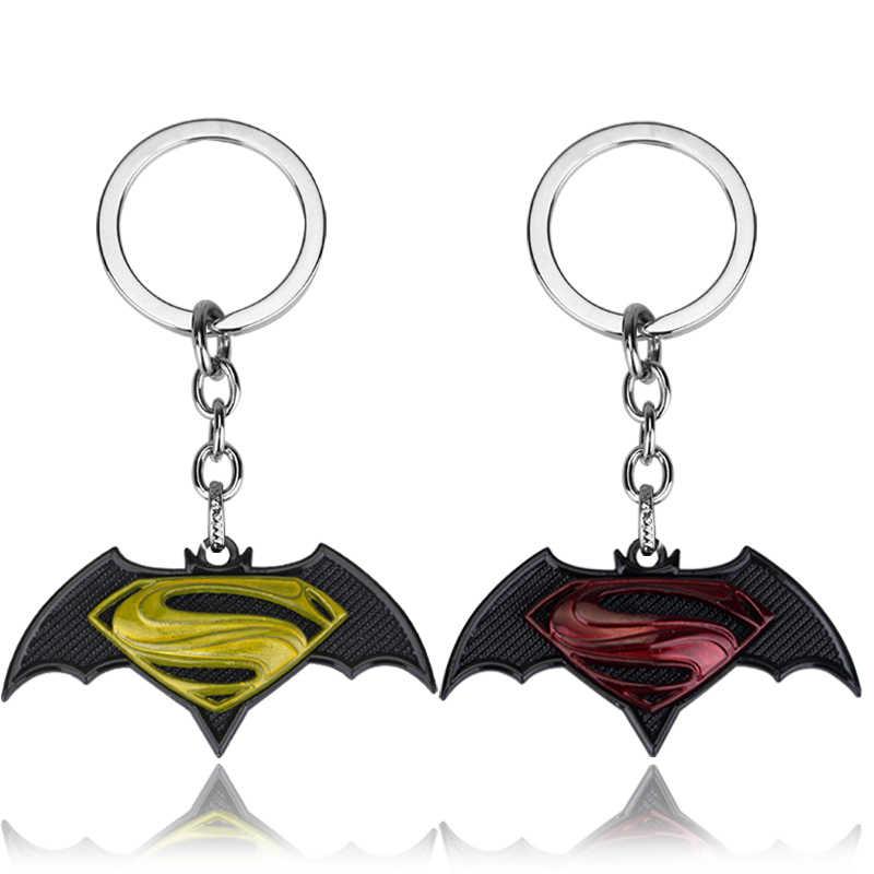 DC superhéroe serie llavero colgante Superman flecha verde Batman Linterna Verde Deadpool aleación llavero para Mujeres Hombres Fans regalos