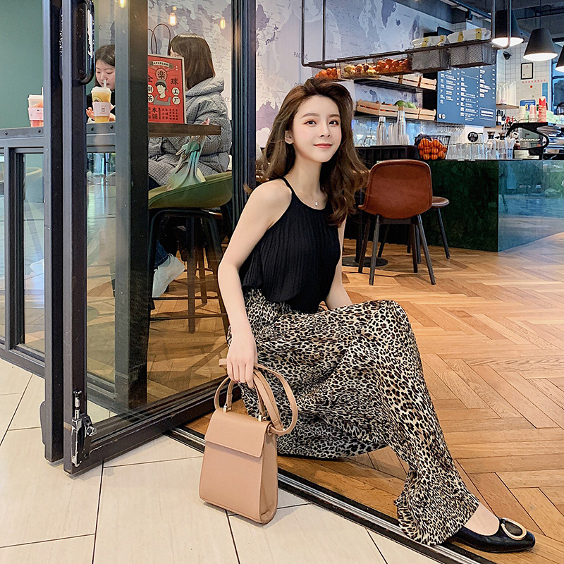 2019 New Style Summer Loose-Fit Pleated Chiffon Leopord Pattern Casual Pants Women's + Halter Sleeveless Chiffon Shirt Set F5921