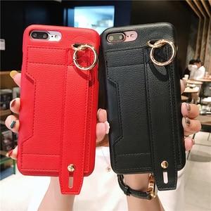 Image 1 - Moda yaratıcı bileklik gelgit telefon kılıfı için iphone X XR XS MAX 6 6S 7 8 artı paramparça dayanıklı braket saklama kutusu arka kapak