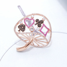 CINDY XIANG Cubic Zironia Mushroom Brooches For Women Copper Jewelry Shining Sparking Winter Brooch Fashion Accessories Gift