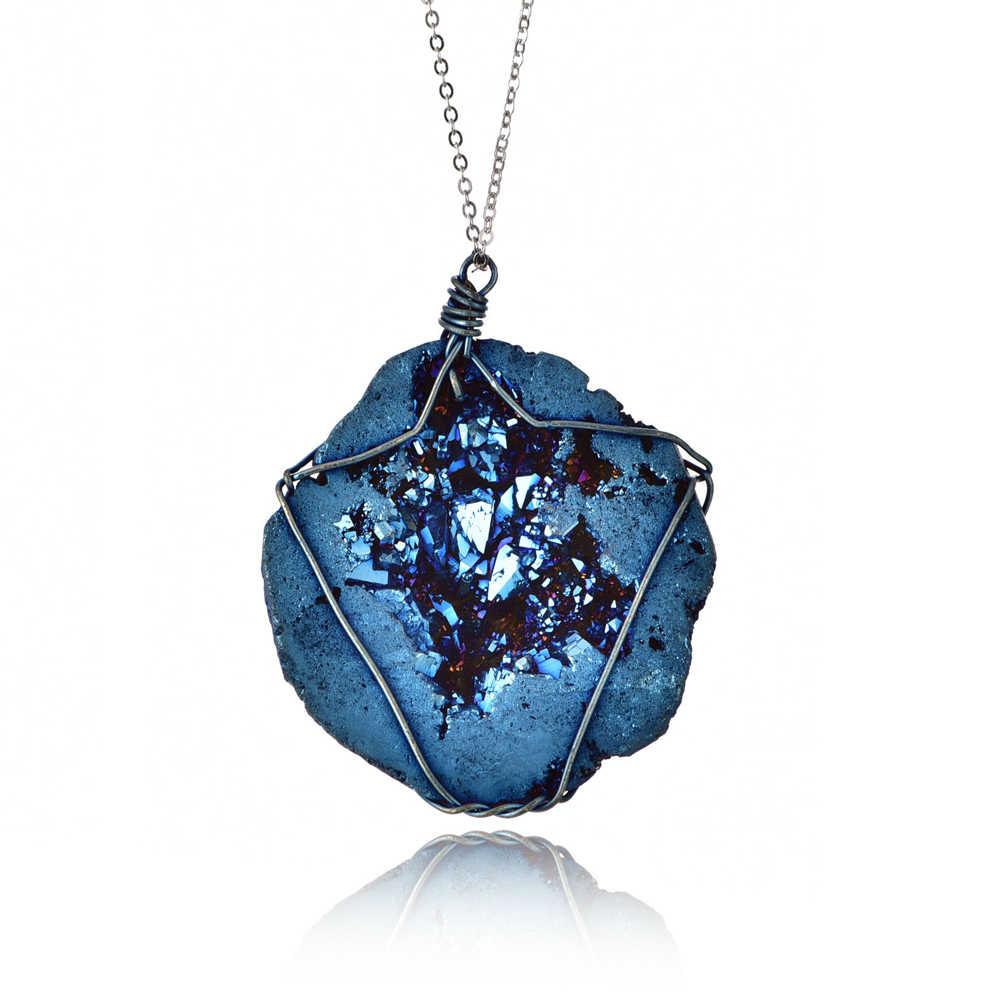 ホット販売天然水晶宝石石不規則な石のペンダントネックレスクォーツ女性のための女の子バレンタインデーのギフト