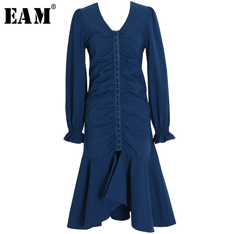 [EAM] Women Blue Pleated Ruffles Split Dress New V-Neck Long Lantern Sleeve Loose Fit Fashion Tide Spring Summer 2020 1X290