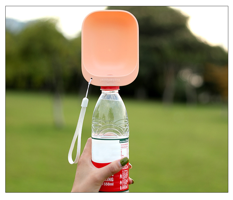 New Dog Bowl Pet Outdoor Drinking Water Device Easy To Carry Can Be Connected With A Variety Of Mineral Water Bottles DIY Device