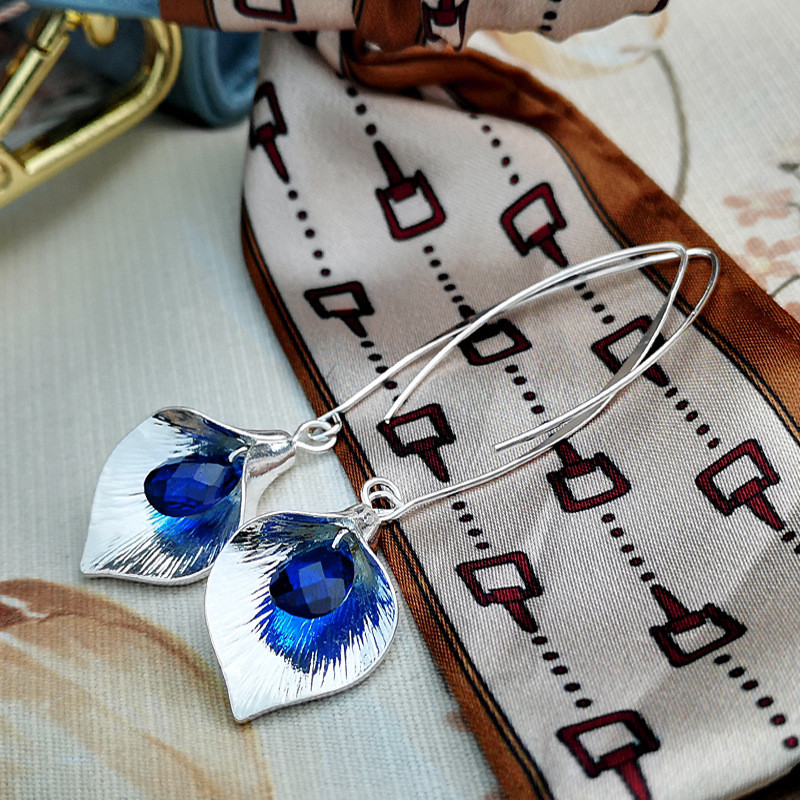 Dainty Female Blue Crystal Drop Earrings Trendy Leaf Long Dangle Earrings Charm Bridal Silver Color Wedding Earrings For Women