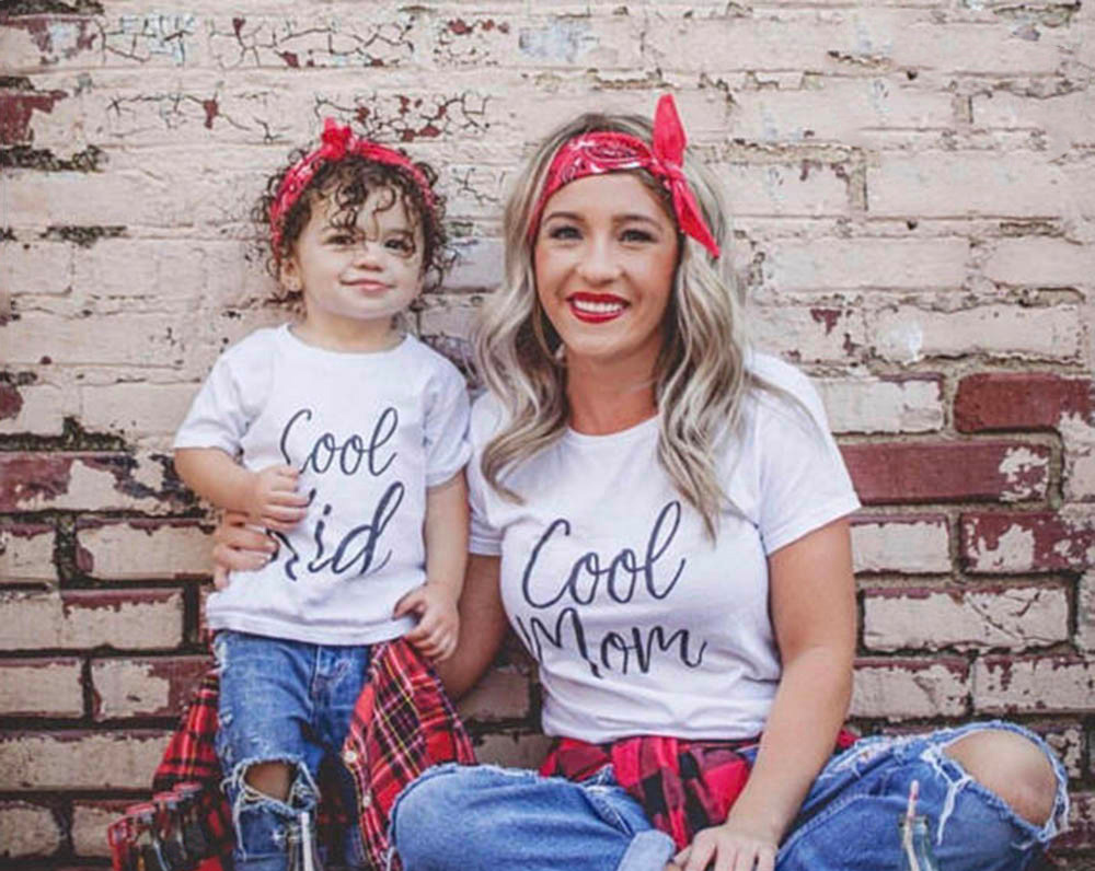 1pcs Cool Mom & Cool Kids Mommy and Me Dress Mom Mum Kids Family Matching Tshirt Mother Daughter Son Clothes Family Look Outfits