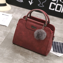 2019 New Vintage Tote Bags Women Handbag Luxury Designer High Quality Scrub Leather Messenger with Hairball