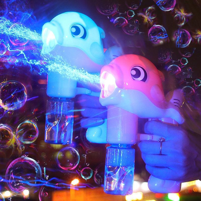 New Flashing Light Up Kids Dolphin Magic Bubble Machine Summer Swimming Toys Wedding Supplies Birthday Gift Bubble Maker Gun