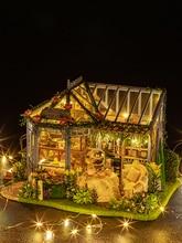 цена DIY Doll House Wooden Doll Houses Miniature Dollhouse Furniture Kit with LED Toys for children Christmas Birthday Gift A068 онлайн в 2017 году
