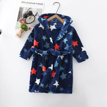 Cartoon Childrens Robe Flannel Baby Bathrobe Long Sleeve Hooded Kids Bath Lovely Animal Child Boy Girls Robes Clothes