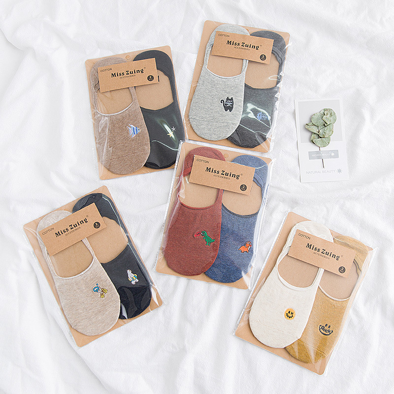 4 Pieces =2 Pairs Harajuku Embroidered Cartoon Socks Women Summer Cotton Non-slip Silicone Shallow Invisible Slippers Boat Socks