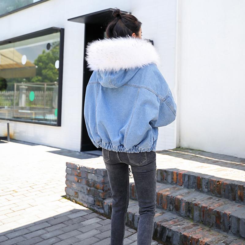 Winter Fur Denim Jacket Women Fashion Faux Rabbit Fur Blue Jeans Jacket Coat with Warm Lining Female Fur Collar Oversize Outwear