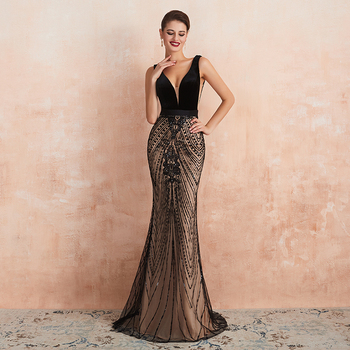 2020  Sexy Backless Women Evening Dress Black V Neckline Floor Length Mermaid Lace Appliqued Formal Part - discount item  25% OFF Special Occasion Dresses