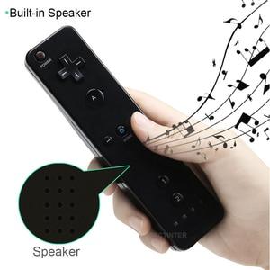 Image 3 - Olmadan hareket artı denetleyicisi için kablosuz oyun uzaktan Nunchuck Wii için 2 in 1 Bluetooth oyun Controle silikon yumuşak kılıf