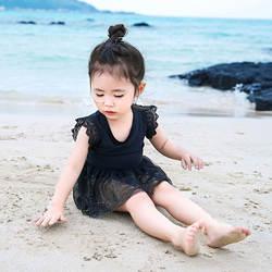 Верхняя нарядная одежда для мальчиков купальники Для женщин и девочек платье с мелким кружевом; одежда для принцессы цельное платье