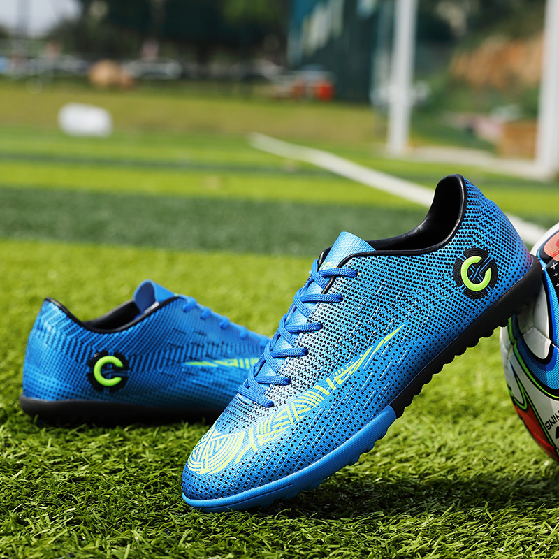 Outdoor Soccer Shoes Men Professional Turf Athletic Trainers Sneakers Outdoor Kids Football Boots Chuteira Futebol