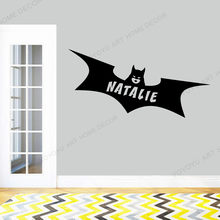 Custom Naam Ontwerp Batgirl Logo Muurtattoo Sticker Marvel Comics Superheld Art Decoraties Voor Thuis Kids Meisjes Kamer Decor Rb-154(China)
