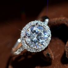 Luxury Female Crystal Zircon Stone Ring Boho Silver Color Big White Round Promise Love Engagement Rings For Women