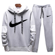 Spring and autumn new mens hoodie sports suit fitness sportswear two-color stitching jogging