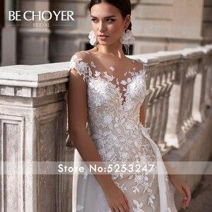 Image 3 - Mode Abnehmbare Zug Hochzeit Kleid BECHOYER K149 Appliques Spitze 3D Blumen Meerjungfrau Illusion Braut Kleid Vestido de Noiva