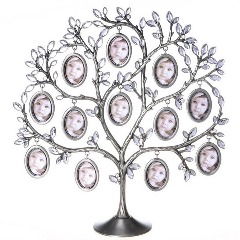 Elegante árvore da família pendurado foto 12