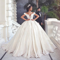 V Neck Ball Gown Luxury Boho Wedding Dress Robe De Mariee 2019 Lace Appliques Bridal Dresses Short Sleeves Bride Dresses Novias
