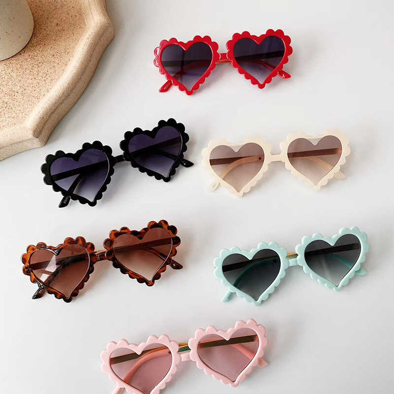 New Children Sunglasses Kids Polarized Sun Glasses LOVE Heart Boys Girls Glasses Baby Safety Frame Eyewear