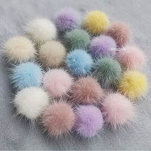 High-quality 30mm Real Mini Mink Fur Pompom Diy Pompon Small Fur balls White Pom Pom Sew On knitted scarf shoe Dress Accessories