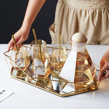 Vintage europejski kolorowy szklany metalowy taca złoty owalny kropkowany talerz na owoce pulpit małe przedmioty tacka na biżuterię lustro tanie i dobre opinie CN (pochodzenie) Jedzenie Tacki do przechowywania Ekologiczne stop aluminium BX247-35 Nowoczesne