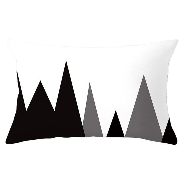 Geometric Patterned Rectangular Cushion Cover 3