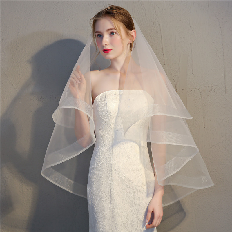 2020 New Arrival Wedding Accessory White Ivory Wedding Veil 2 Tier Cheap Bride Accessories 75cm Short Women Veils With Comb
