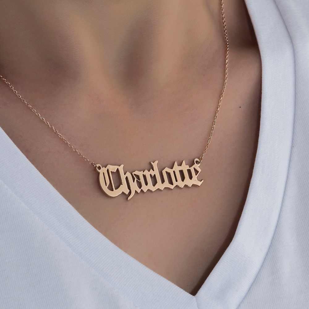 パーソナライズされた古英語フォント女性男性ゴシック襟 Mujer カスタマイズ銘板ゴールドチェーンネックレス Pendents BFF