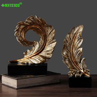 Best Selling Resin Golden Feather Statue Living Room Balcony Micro Landscape Decoration Crafts Retro Feather Ornaments