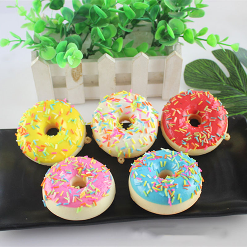 Squeeze Toys Gift Donut Pinch Lovely Cartoon Slow Rebound Squeeze Doughnut Toys For Children Color Random Decompression