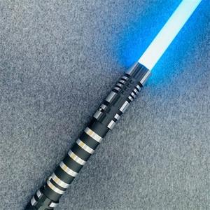 Image 2 - 16 لون RGB ضوء صابر USB شحن جيدي سيث لوك القوة ضوء صابر الصوت مقبض معدني السيف مضيئة لعب الأطفال هدية