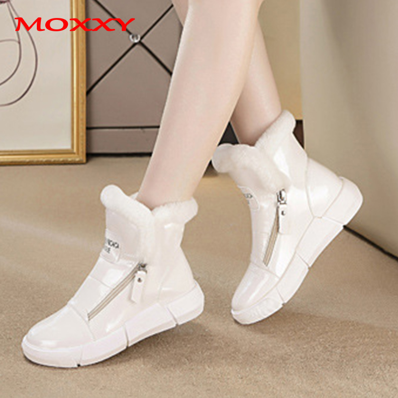 Winter Sneakers Warm Fur Shoes Woman Black White Sneakers Zipper 2019 Winter Lady Casual Shoes High Top  Sneakers Platform