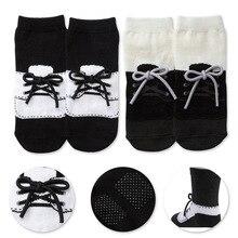 Новые стильные модные носки, детские Нескользящие носки для джентльменов, Имитация обуви для мужчин и женщин, кружевные носки, носки-тапочки для детей