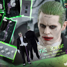 Hot Toys HT MMS395 Suicide Squad 1/6th scale The Joker (Tuxedo Version) 12