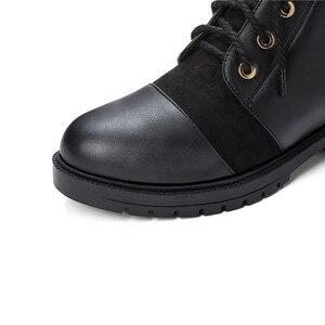 Image 5 - YMECHIC 2019 אופנה צלב עניבת שמנמן נמוך העקב אישה מגפיים שחור צהוב גבירותיי להחליק על נעלי פאנק גותיקה קרסול Combat מגפי חורף